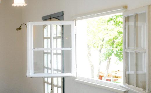 アンテーク小窓からガーデン
